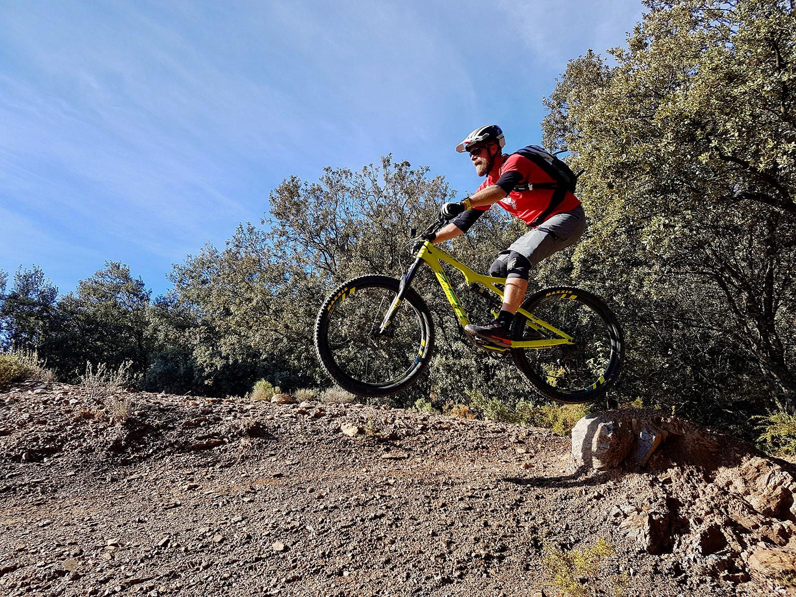 Truls fra Flytsti flyr på tur til Pure Mountains i Spania