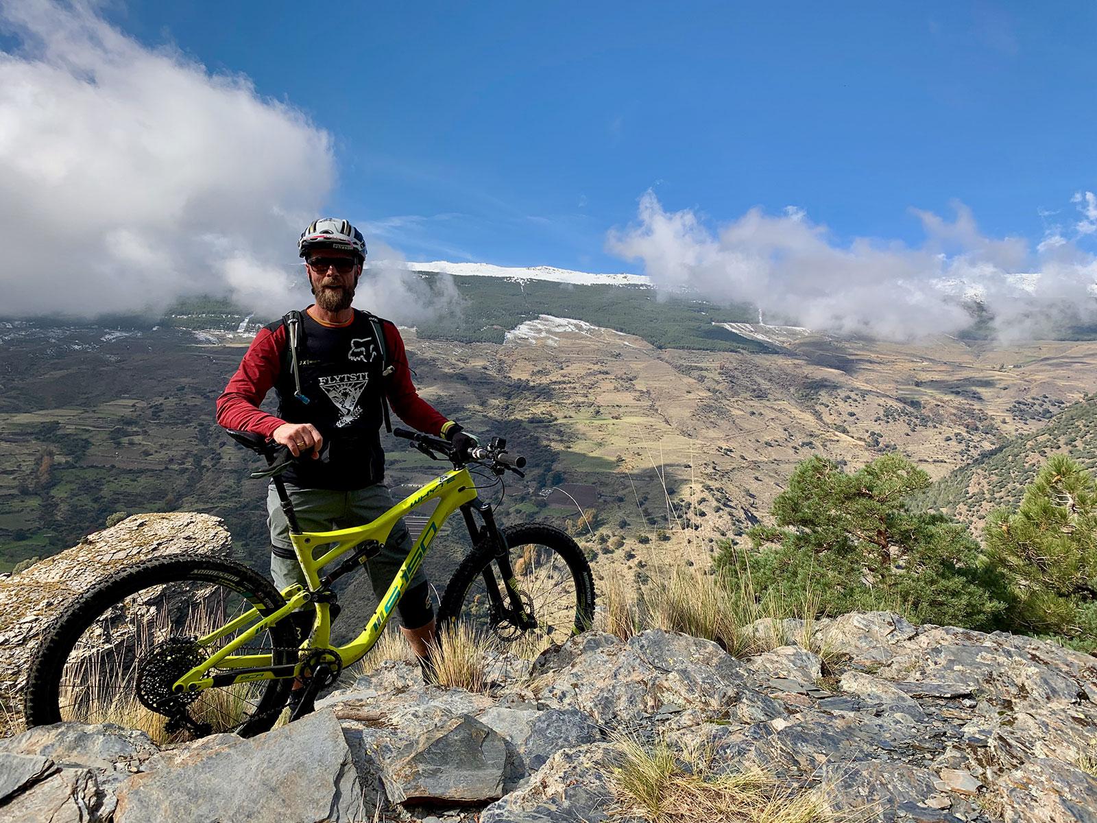 Truls på tur hos Pure Mountains - Reisebrev fra Flytsti